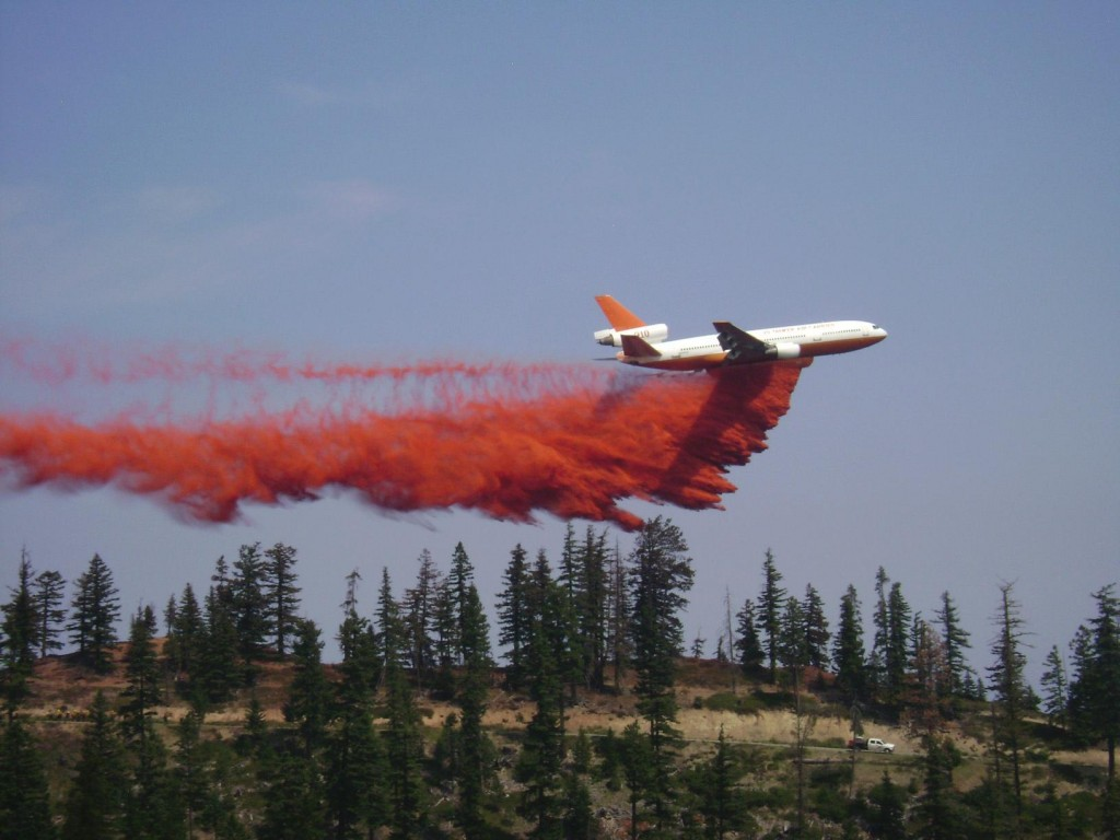 VLAT (Very Large Airtanker) photo courtesy of USFS
