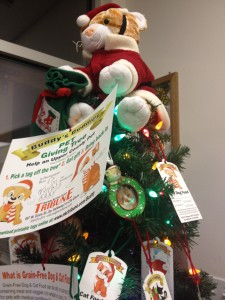 Buddy's Buddies Pet Giving Tree
